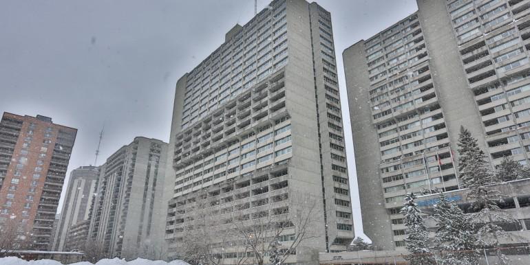500 Laurier Av, Ottawa. Condo