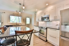 5550 DICKINSON ST, MANOTICK, OTTAWA - KITCHEN 5