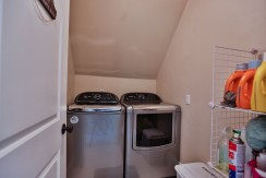5550 DICKINSON ST, MANOTICK, OTTAWA - LAUNDRY ROOM