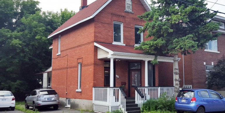 522 GLADSTONE AV, OTTAWA - COMMERCIAL BUILDING FOR LEASE