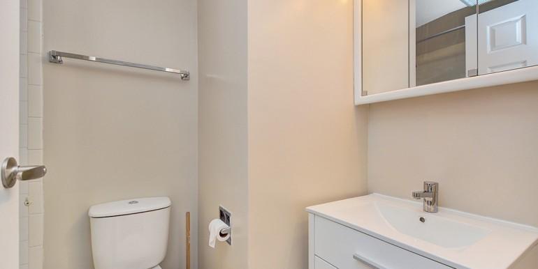 025bathroom2