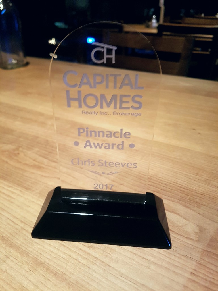 CHRIS STEEVES - CAPITAL HOMES - TOP PRODUCER 2017 - OTTAWA