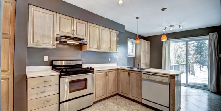 6787barsona-kitchen