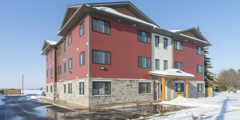 12075 MAIN ST W, WINCHESTER - MULTI FAMILY RENTAL - 12 UNIT BUILDING - REAL ESTATE